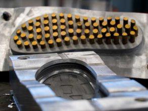 Moldes de calçados para todos os métodos atuais e tipos de máquinas